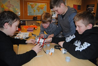 For the first time, students from Ripley-Huron Community School have the opportunity to participate in an after school LEGO league thanks to funding provided through the NWMO's Early Investments in Education and Skills program.